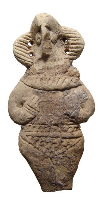 A detailed Syro-Hittite terracotta Astarte figurine