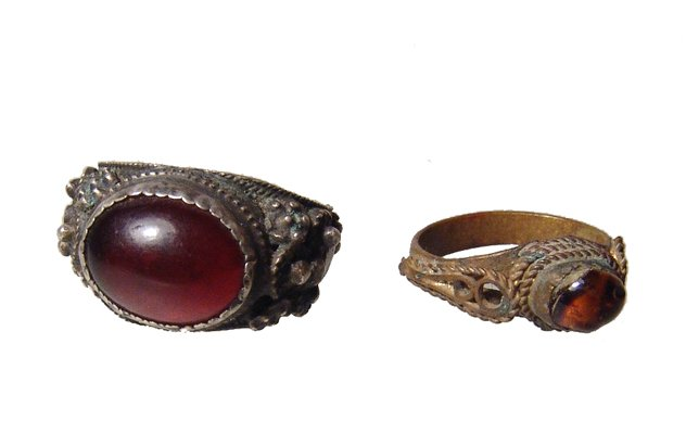 A pair of European antique rings