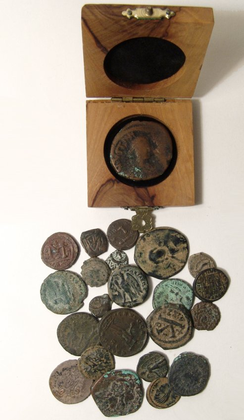 A group of 21 mixed ancient bronze coins