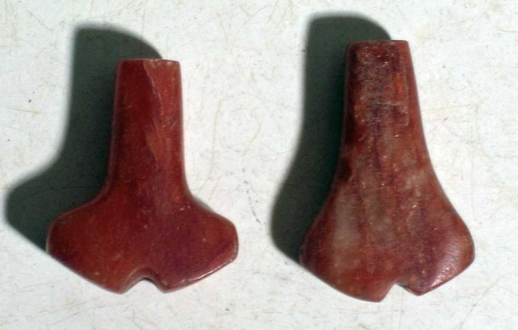 A pair of rare Tairona 'Anchor' pendants