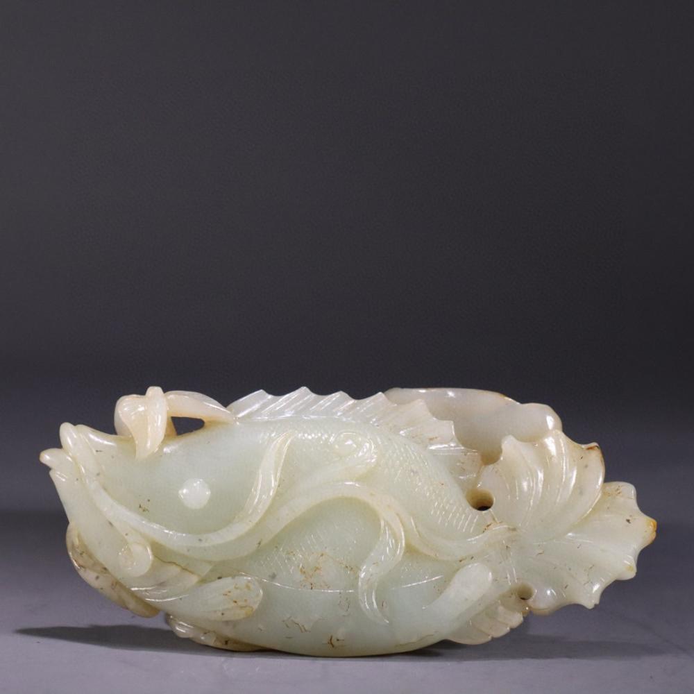 CHINESE WHITE JADE FISH ORNAMENT