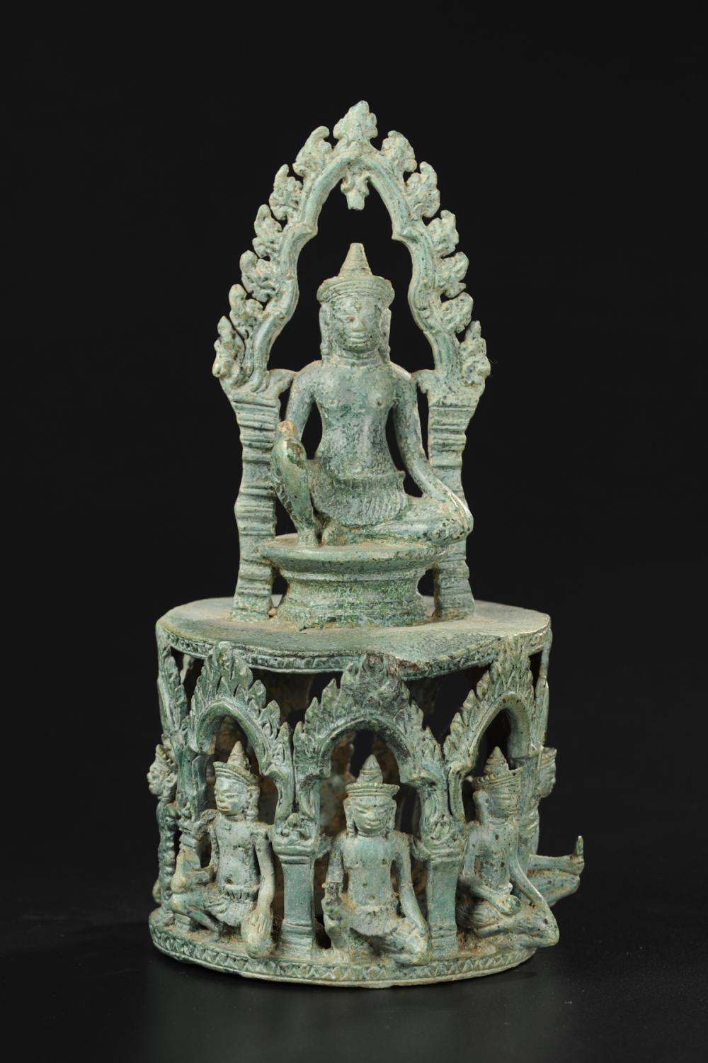 ANGKOR DYNASTY BRONZE BUDDHA, 12TH CENTURY