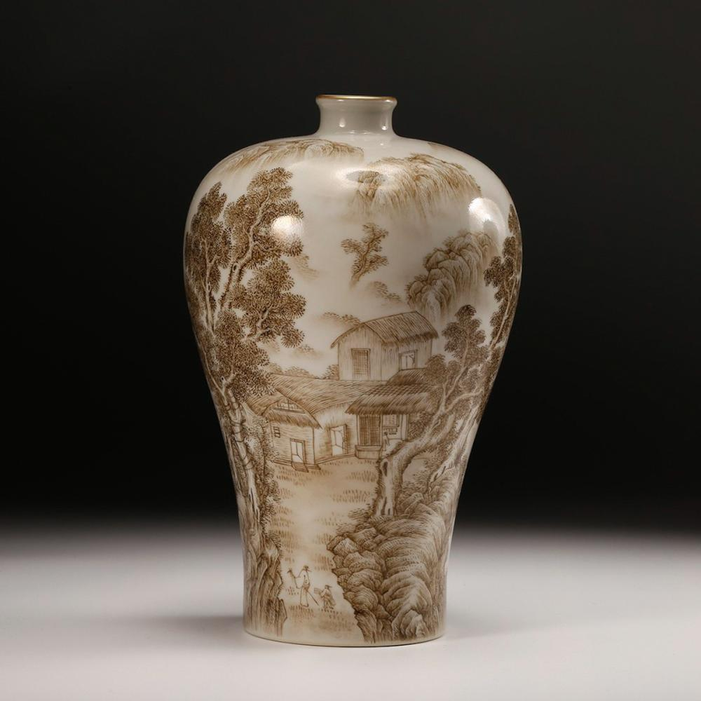 CHINESE PAINTED PORCELAIN MEIPING VASE