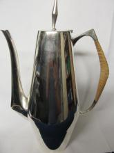 REED & BARTON STERLING THE DIAMOND COFFEE POT # 440 GOOD OVERALL CONDITION