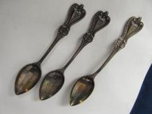 TOWLE OLD COLONIAL STERLING  3 TEASPOONS EXCELLENT CONDITION  FINE MONO