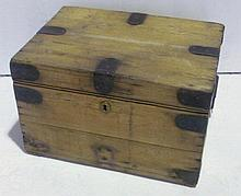 Pine storage chest with hinged lid, 47cm wide