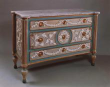 Chest-of-drawers (comò a tre cassetti)