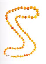 Chinese Old Amber Beads Necklace