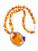 Chines Amber Pendant Necklace