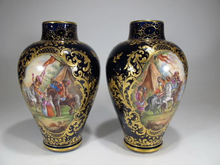 Antique Old Vienna pair of porcelain vases
