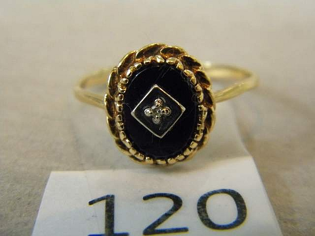 Real Gold and Onyx Ring Size 6