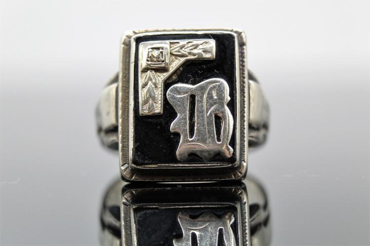 10K Men's Art Deco Gothic  Black Onyx & Diamond Signet Ring