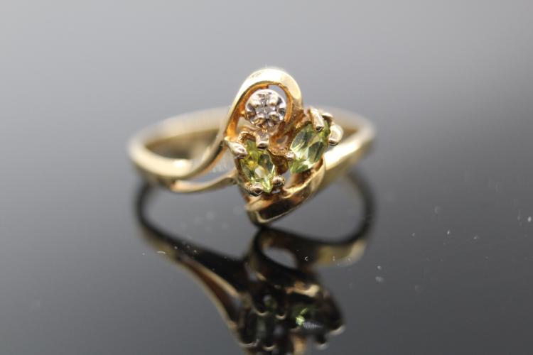 10k Yellow Gold 2 Peridots & Diamond Ring