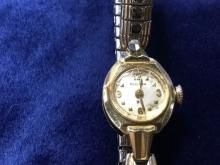 18K Yellow Gold Ladies 23 Jewel Bulova Watch