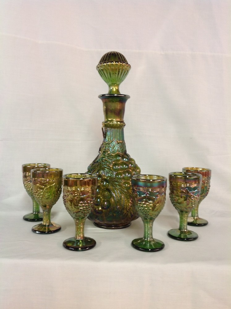Imperial Glass Green Grape and 6 Cable Wine Set Glasses