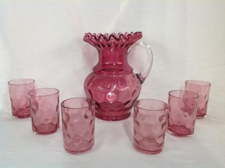 Cranberry Thubnail Water Set