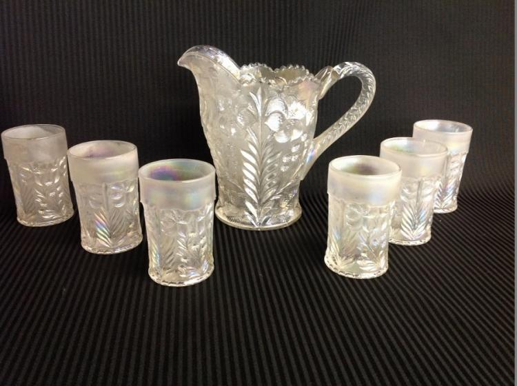 Imperial Glass Frosted Iridescent Leaf Pattern Water