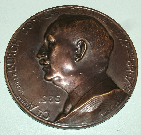 BRONZE MEDAL 1935 BRUSSELS EXPO BY JOSUE DUPON 3 3/4