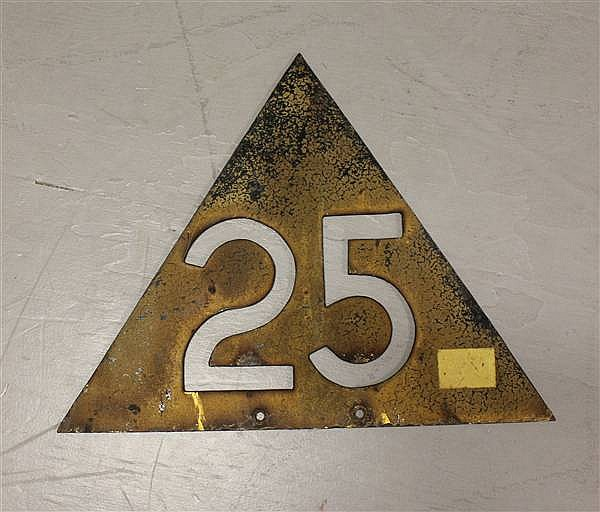 CAST IRON TRIANGULAR 25 MPH RAILROAD SPEED LIMIT SIGN
