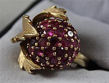 UNMARKED YELLOW GOLD RUBY CLUSTER FASHION RING, SIZE 7 1/2, TESTS TO 10K,  13 GRAMS TOTAL