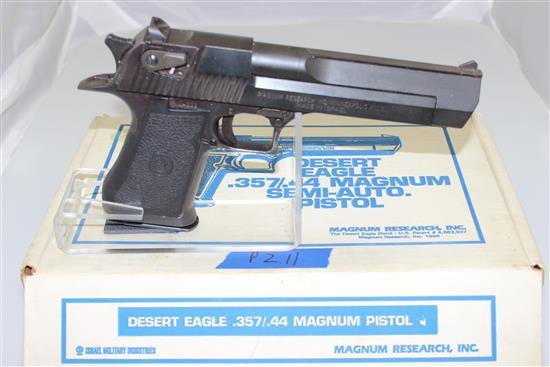 MAGNUM RESEARCH MODEL DESERT EAGLE .44 MAG CALIBER SEMI-AUTO PISTOL SN: 24333, INCLUDING ORIGINAL BOX