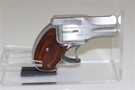 AMERICAN DERRINGER CORP. MODEL DA .38 SP CALIBER PISTOL SN: 010135