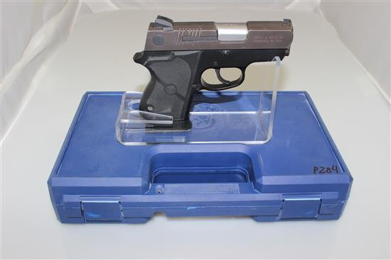 SMITH & WESSON MODEL CHIEFS SPECIAL CS-40 .40 SW CALIBER PISTOL SN: EKW7695, INCLUDING HARD CASE