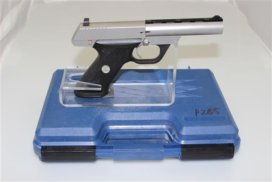 COLT MODEL 22 .22 LR CALIBER SEMI-AUTO PISTOL SN: PH10107, NON-MATCHING CASE