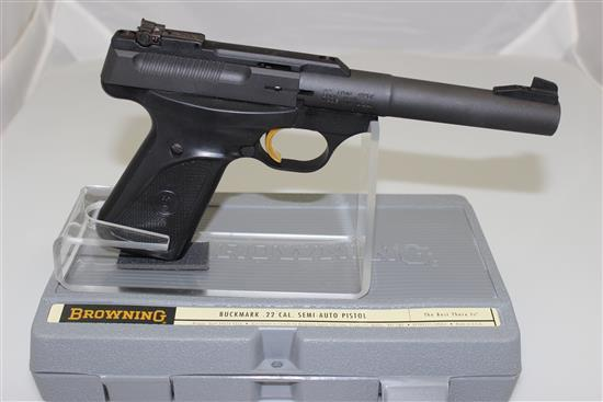 BROWNING MODEL BUCK MARK .22 RF CALIBER SEMI-AUTO PISTOL SN: 515MV16761, INCLUDING 2 MAGAZINES IN ORIGINAL BOX