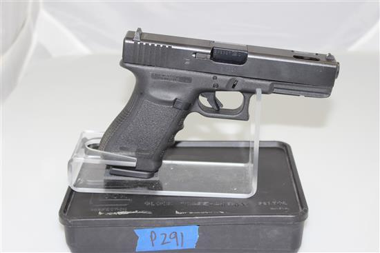 GLOCK MODEL 21C .45 AUTO CALIBER SEMI-AUTO PISTOL SN: GX5627, INCLUDING ORIGINAL BOX