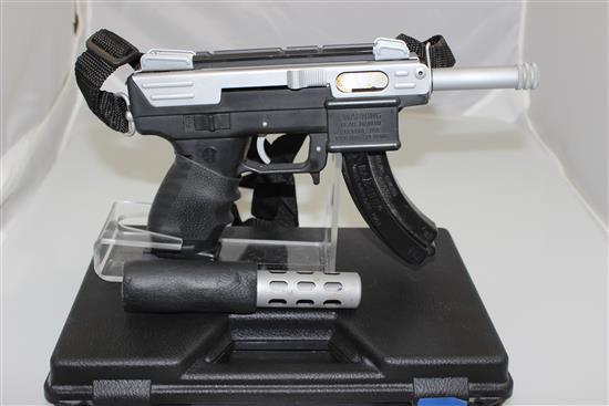 INTRATEC MODEL TEC-22 .22 RF CALIBER SEMI-AUTO PISTOL SN: 089937, INCLUDING ORIGINAL HARD CASE
