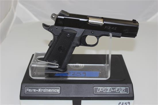 PARA-ORDNANCE MODEL P13.45 .45 AUTO CALIBER SEMI-AUTO PISTOL SN: RM 6430, INCLUDING ORIGINAL BOX