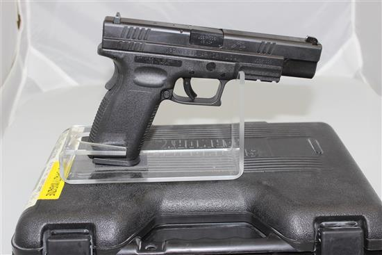 SPRINGFIELD ARMORY MODEL XD .45 AC CALIBER SEMI-AUTO PISTOL SN: US671005, INCLUDING 2 MAGAZINES, HOLSTER, MAG LOADER, MAGAZINE CARRI...