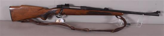 WINCHESTER MODEL 70 30-06 CALIBER BOLT RIFLE SN: 864803, INCLUDING SLING