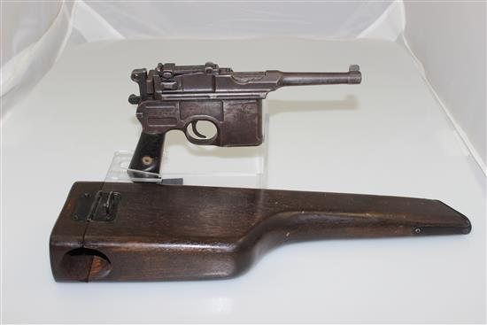MAUSER MODEL 96 .30 CALIBER SEMI-AUTO PISTOL SN: 700304, INCLUDING STOCK/HOLSTER