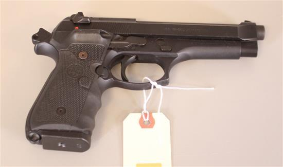 BERETTA MODEL 96 .40 CALIBER PISTOL SN: BER395403, MISSING MAGAZINE