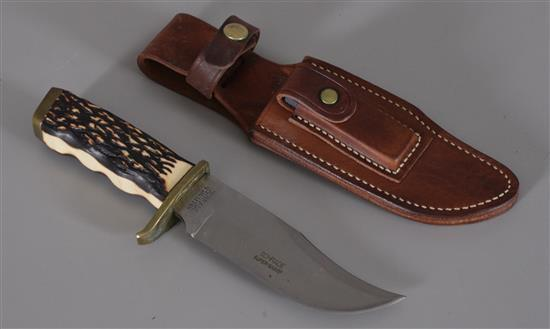 UNCLE HENRY PRO HUNTER SCHRADE USA 171UH HUNTING KNIFE WITH ORIGINAL SHEATH AND BOX