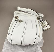 B. MAKOWSKY WHITE LEATHER PURSE WITH ORIGINAL TAG
