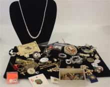 BOX LOT COSTUME JEWELRY AND ACCESSORIES INCLUDING: VINTAGE SOUVENIR AND HOLIDAY PINS, 2