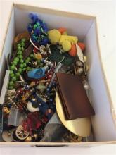 BOX LOT COSTUME JEWELRY MOSTLY NECKLACES AND BRACELETS