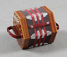 BASTARI ITALIAN HAND HELD ACCORDION
