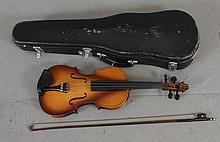 VIOLIN MADE IN CHINA NM 5002 INCLUDING HARD CASE AND BOW, 24