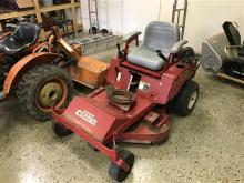 COUNTRY CLIPPER ZERO TURN MOWER