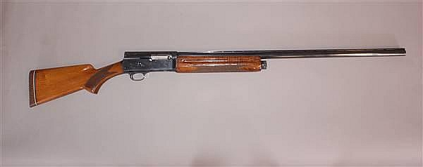 BROWNING AUTO 5 MAGNUM 12 GAUGE SEMI AUTOMATIC SHOTGUN #7V45