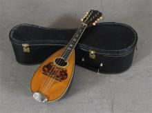 WASHBURN LATEST MODEL MANDOLIN