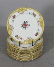 12 ROYAL BAYREUTH BAVARIAN DINNER PLATES - Yellow and floral decor