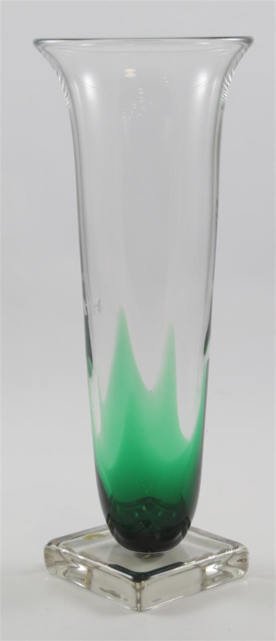 ERICKSON GLASS EMERALD FLAME VASE ON SQUARE CRYSTAL BASE, 14.75