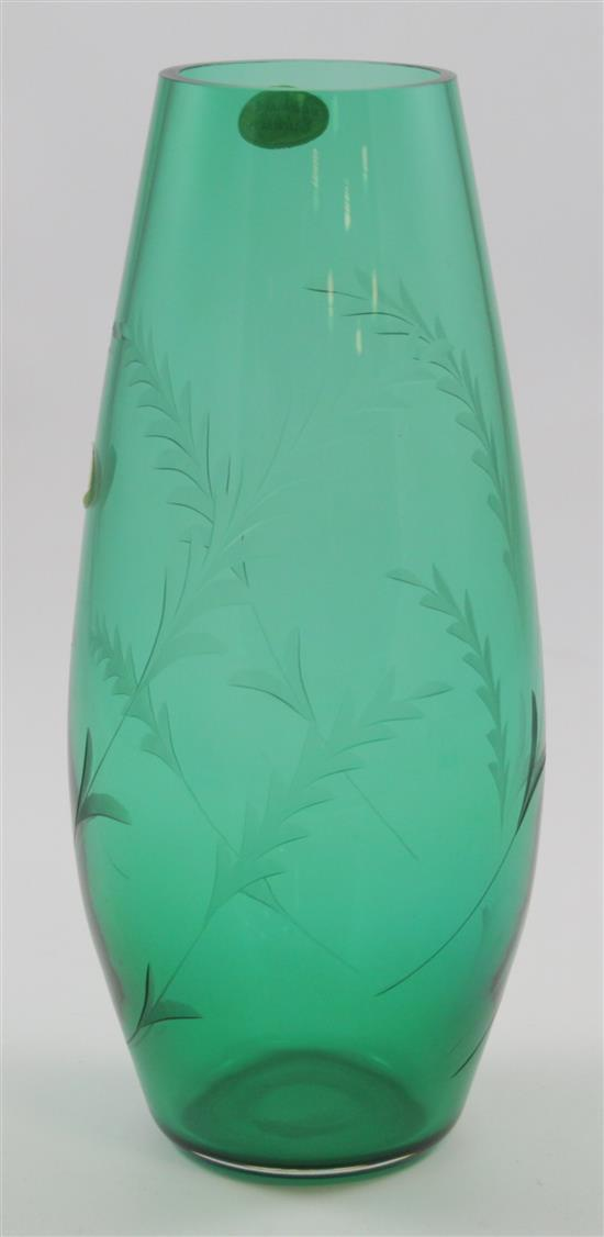 ERICKSON GLASS EMERALD VASE WITH LEAF ETCHING, 11