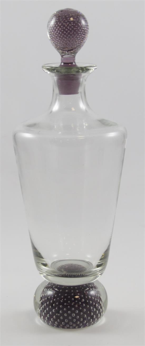 CRYSTAL DECANTER WITH CHARCOAL CONTROLLED BUBBLE BASE AND STOPPER, 15