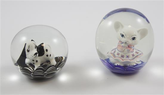 2 JOE ST CLAIR PAPERWEIGHTS WITH SULPHIDE FIGURES INCLUDING CAT AND DOG, 3.5